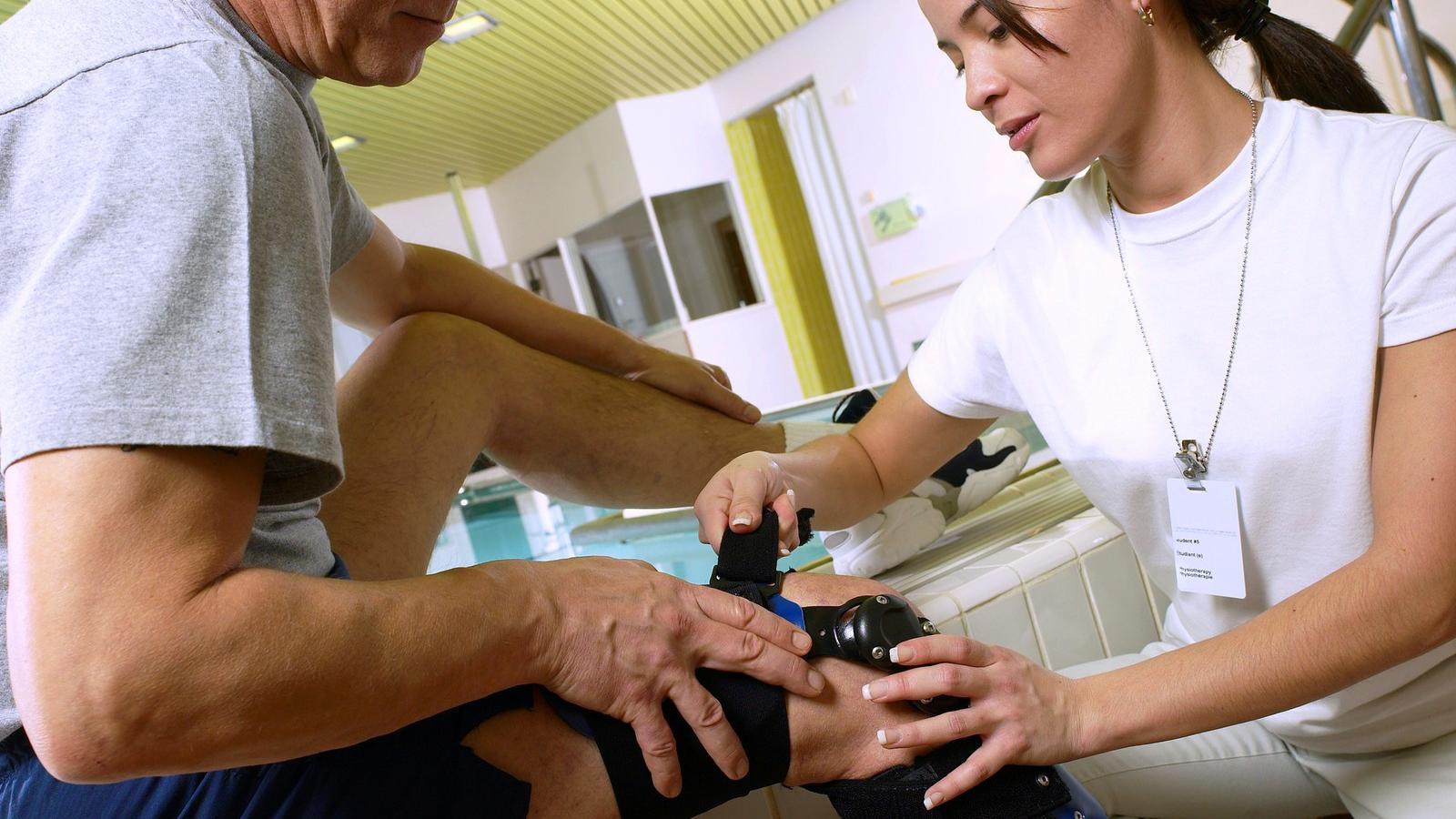 fáj a hát és a lábak ízületei ízületek időskorúak, mint kezelni