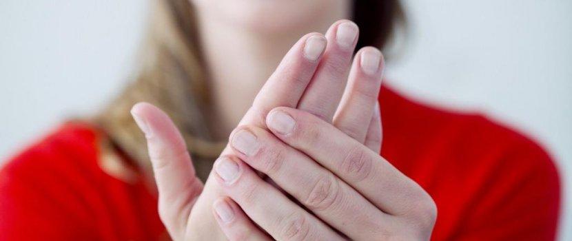 az ujjak fájnak az ízületekről synovitis fájdalom