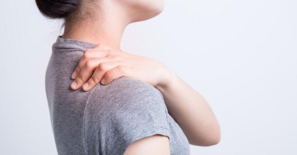 fájó fájdalom a bal kéz vállízületében lehetséges melegedni a vállízület ízületi gyulladása