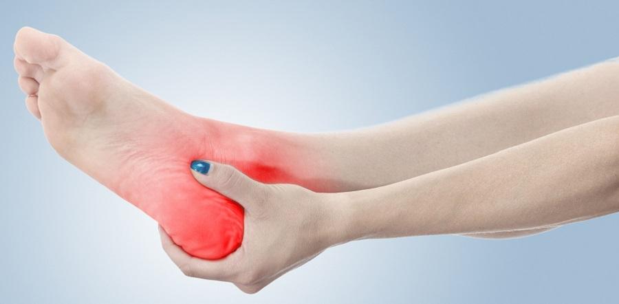 fájdalom a csípőben fekve ízületi fájdalom homeopátiával