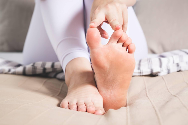 a nagy lábujj ízülete valóban fáj könyökízületi fájdalom súlyemelés után
