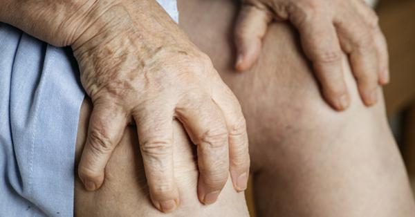 a térd és a kéz ízületei fájnak