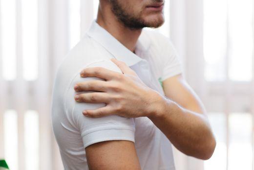 hogyan kell kezelni a váll-ingokat a betegségek lelki okai