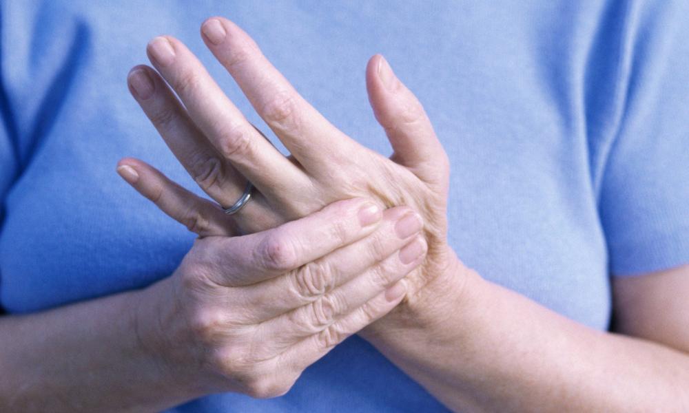 az ujjak fájnak az ízületekről edgar casey ízületi kezelés