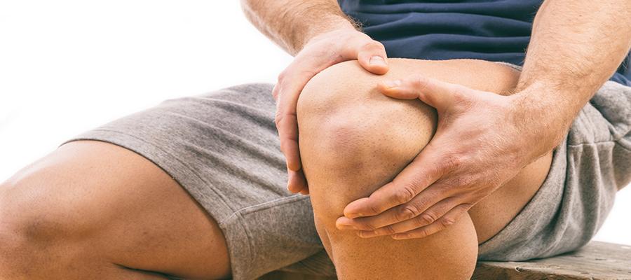mit tegyünk, ha térdízület fáj idős ember térdfájdalma
