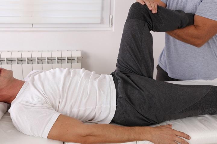 csípőízületek összeroppant és fáj ízületi gyulladásos trauma