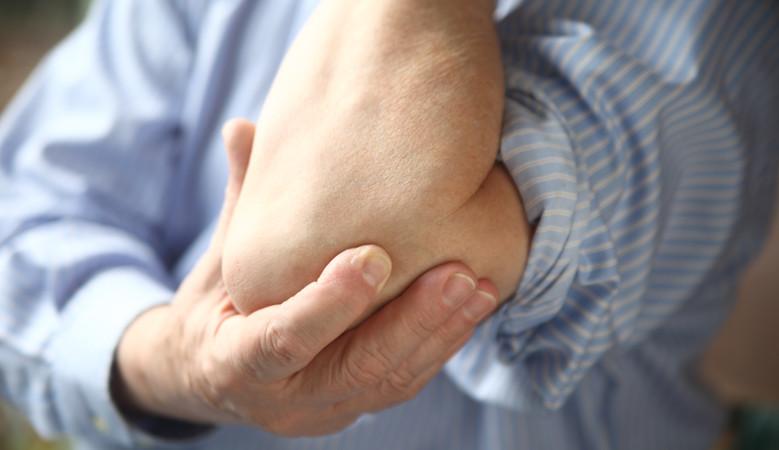 ízületi fájdalom könyök és kéz okoz könyökízületek fáj, mit kell tenni
